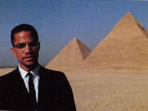 malcolm-x-egypt-pyramids-0bd2f13839286a77970e0fc86c485612