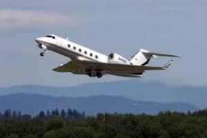 800px-Gulfstream_G-400