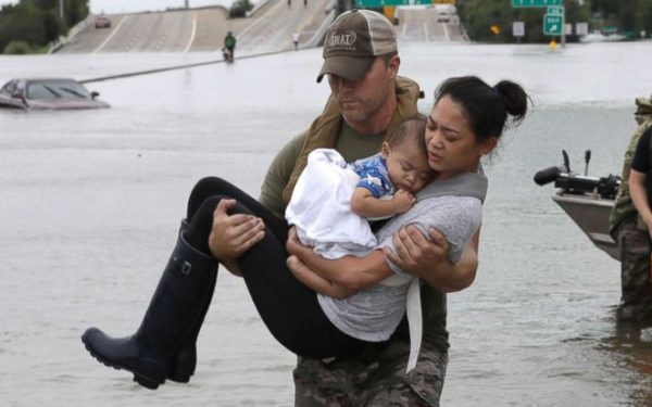 hurricane-harvey-rescue-3-ap-jt-170827_12x5_992